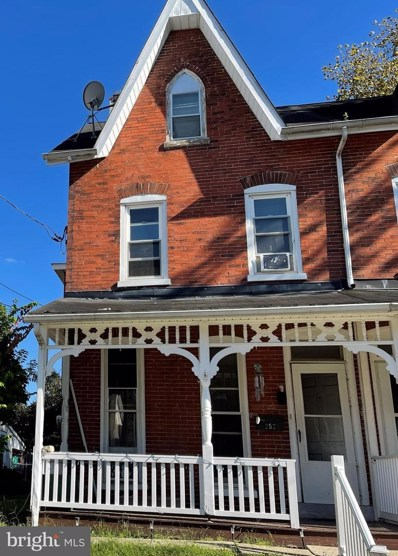 252 Green Street, Royersford, PA 19468 - #: PAMC2000735