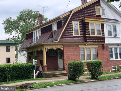 42 E Freedley Street, Norristown, PA 19401 - #: PAMC2001424