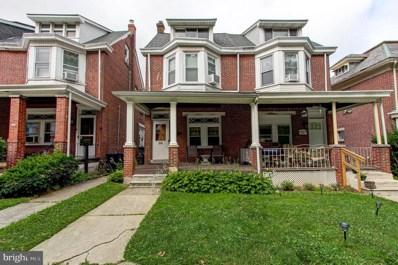 216 W Wood Street, Norristown, PA 19401 - #: PAMC2002816