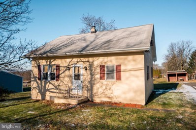 313 N Layfield Road, Perkiomenville, PA 18074 - #: PAMC374406
