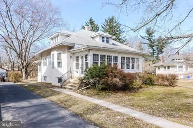 33 N Highland Avenue, Norristown, PA 19403 - #: PAMC555470