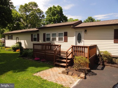 403 Oak Drive, Green Lane, PA 18054 - #: PAMC601602