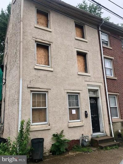12 W Oak Street, Norristown, PA 19401 - MLS#: PAMC615508