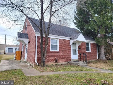 811 W 4TH Street, Lansdale, PA 19446 - #: PAMC678948