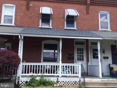 25 E 2ND Street, Lansdale, PA 19446 - #: PAMC693530