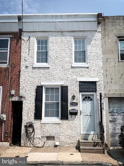 2509 Townsend Street, Philadelphia, PA 19125 - #: PAPH929934
