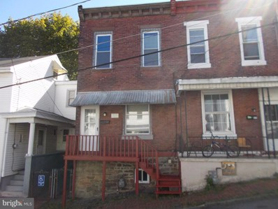 323 W Race Street, Pottsville, PA 17901 - #: PASK127550