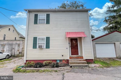 132 School Avenue, Hanover, PA 17331 - MLS#: PAYK136960