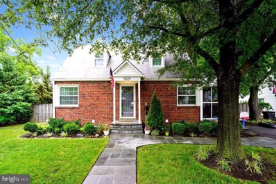 5829 5TH Street S, Arlington, VA 22204 - #: VAAR166430
