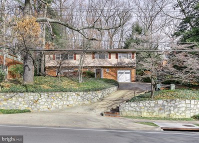 2709 S Arlington Ridge Road, Arlington, VA 22202 - #: VAAR171392