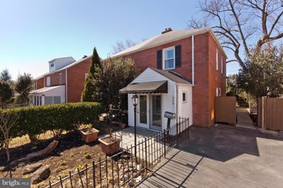 320 S Veitch Street, Arlington, VA 22204 - #: VAAR175228