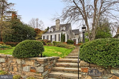 213 Woodland Terrace, Alexandria, VA 22302 - #: VAAX233870