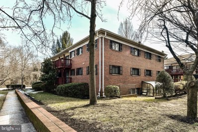 2700 Dartmouth Road UNIT 5, Alexandria, VA 22314 - #: VAAX255964