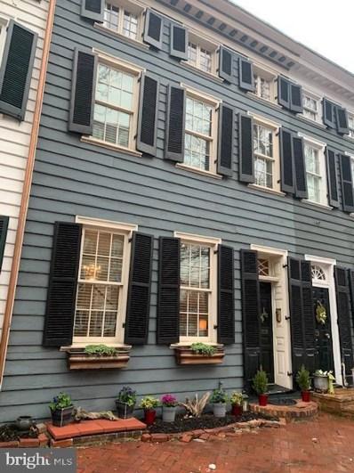 305 N Washington Street, Alexandria, VA 22314 - #: VAAX257538