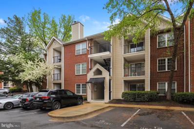 3312 Wyndham Circle UNIT 305, Alexandria, VA 22302 - #: VAAX258466