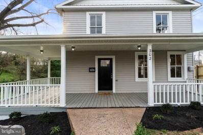 202 S Blue Ridge Avenue, Culpeper, VA 22701 - #: VACU137990