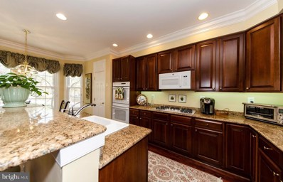 102 Lounsbury Place, Falls Church, VA 22046 - #: VAFA110210