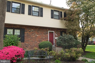 404 Parker Avenue, Falls Church, VA 22046 - #: VAFA110312