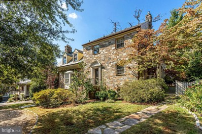 105 Buxton Road, Falls Church, VA 22046 - #: VAFA110756
