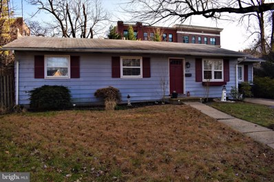 420 S Virginia Avenue, Falls Church, VA 22046 - #: VAFA110858