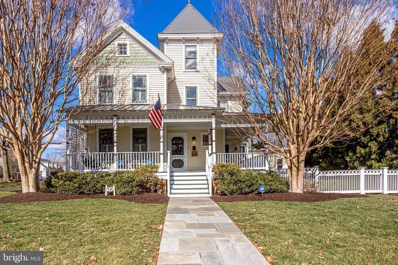 116 S Oak Street, Falls Church, VA 22046 - #: VAFA110954