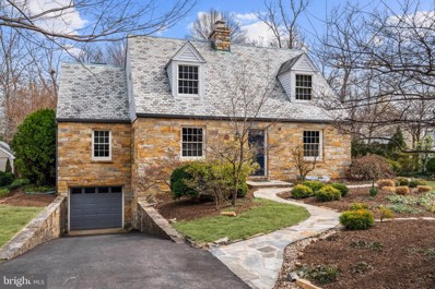 222 Forest Drive, Falls Church, VA 22046 - #: VAFA110976