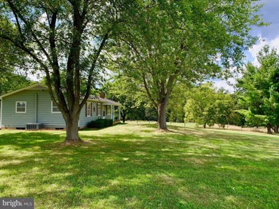 862 Clark Road, Stephens City, VA 22655 - #: VAFV152650