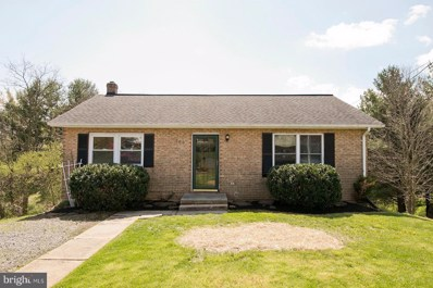 102 Twin Hill Circle, Winchester, VA 22602 - #: VAFV156752