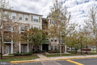 5105 Travis Edward Way UNIT F, Centreville, VA 20120 - #: VAFX102358