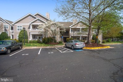 14300 Rosy Lane UNIT 16, Centreville, VA 20121 - #: VAFX1053840
