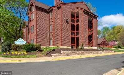 2820 Lee Oaks Place UNIT 101, Falls Church, VA 22046 - #: VAFX1054188