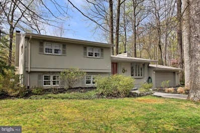 6357 Crosswoods Drive, Falls Church, VA 22044 - #: VAFX1054942