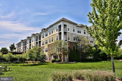 3810 Lightfoot Street UNIT 105, Chantilly, VA 20151 - #: VAFX1057918