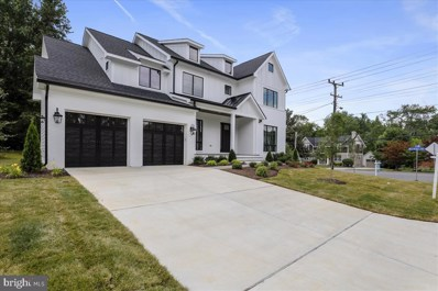 6525 32ND, Falls Church, VA 22046 - #: VAFX1058540