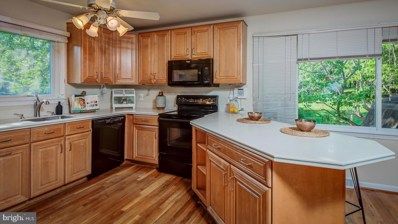 1719 Valley Avenue, Mclean, VA 22101 - #: VAFX1075792