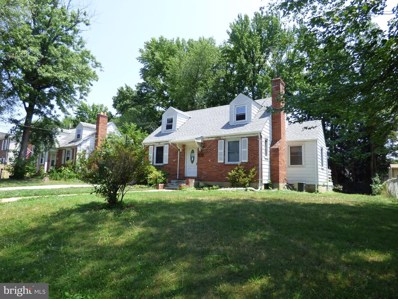 6711 Farragut Avenue, Falls Church, VA 22042 - #: VAFX1076634