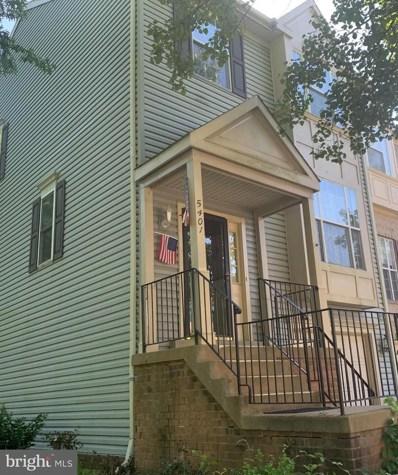 5401 Crystalford Lane, Centreville, VA 20120 - #: VAFX1080340