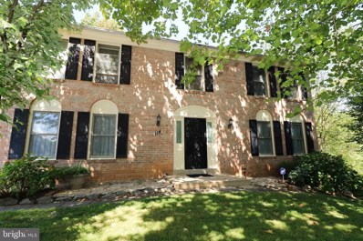 5300 Hampton Forest Way, Fairfax, VA 22030 - #: VAFX1087684