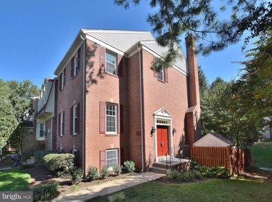 4909 Carriagepark Road, Fairfax, VA 22032 - #: VAFX1087866