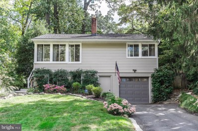 7107 Woodley Lane, Falls Church, VA 22042 - #: VAFX1090088
