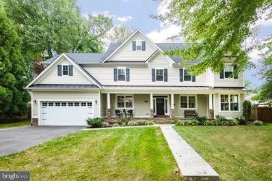 7221 Arthur Drive, Falls Church, VA 22046 - #: VAFX1092476
