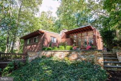 2925 Rosemary Lane, Falls Church, VA 22042 - #: VAFX1092718