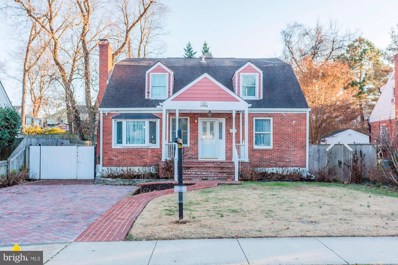 6813 Jefferson Avenue, Falls Church, VA 22042 - #: VAFX1101818