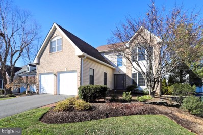 3722 Freehill Lane, Fairfax, VA 22033 - #: VAFX1106446