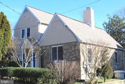2757 Woodlawn Avenue, Falls Church, VA 22042 - #: VAFX1106806