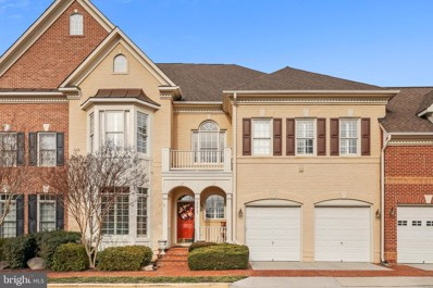 12812 Falcon Wood Place, Fairfax, VA 22033 - #: VAFX1108632