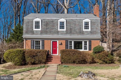 6520 Oakwood Drive, Falls Church, VA 22041 - #: VAFX1108848