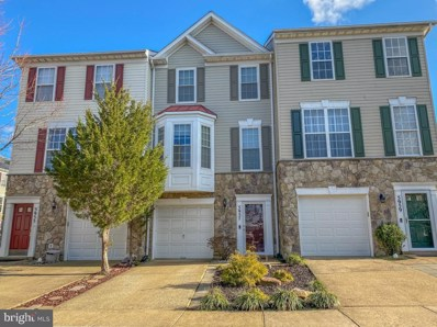 5957 Earlston Court, Alexandria, VA 22315 - #: VAFX1111454
