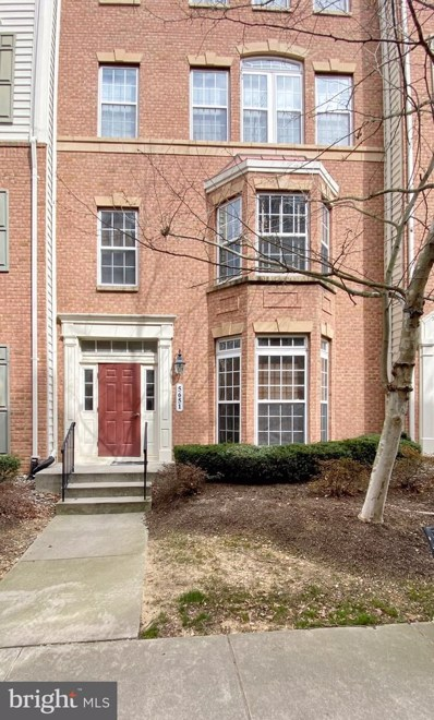 5651 Harrington Falls Lane UNIT B, Alexandria, VA 22312 - #: VAFX1114574