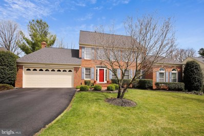 4625 Sutton Oaks Drive, Chantilly, VA 20151 - #: VAFX1119512